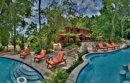 Family Adventure & Luxury Tree Houses