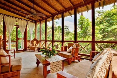 5 Reasons Why Belize Tree Houses Are an Adventure
