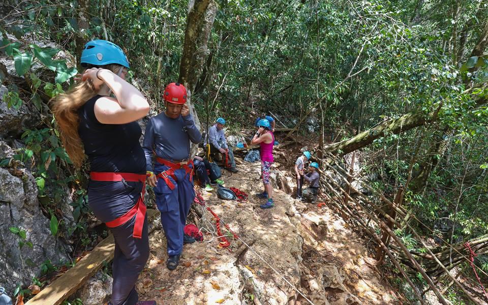 belize adventure tours and activities