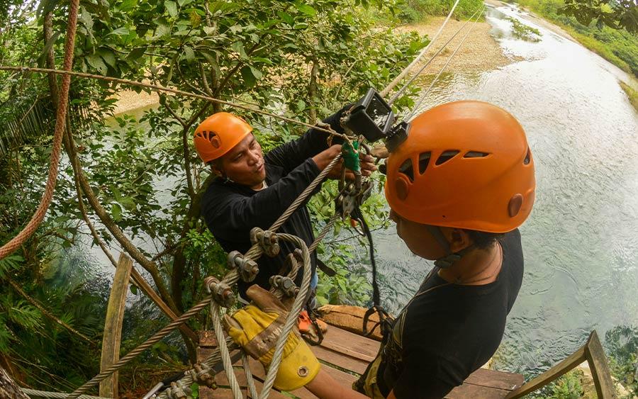 Belize ziplining