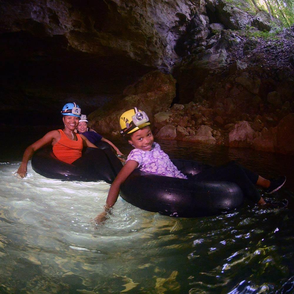 Best Belize Tours tubing
